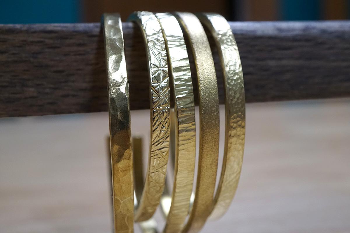 北海道札幌で真鍮バングルを手作り
